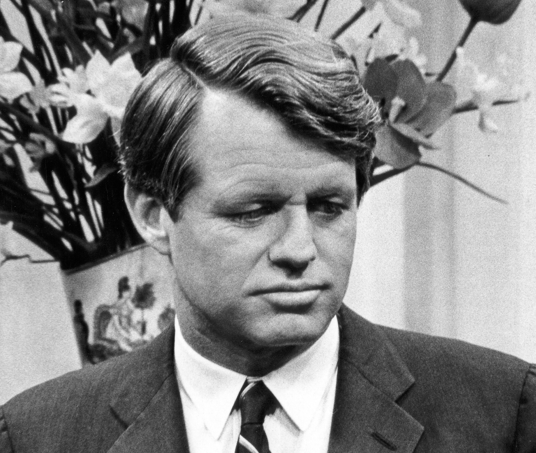 robert f kennedy On june 5, 1968, having won the democratic party presidential primary in  california, senator robert f kennedy delivered a victory speech to.