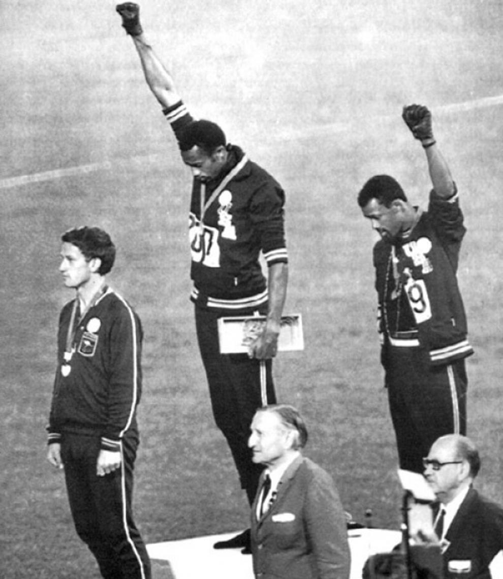 Scar black fist olympics romperia oyo pichulasos